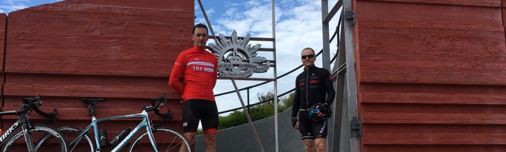 Dean (red) and Andrew (black) on the annual Thinking Man's Bunch Anzac Day-Avenues Ride (1)